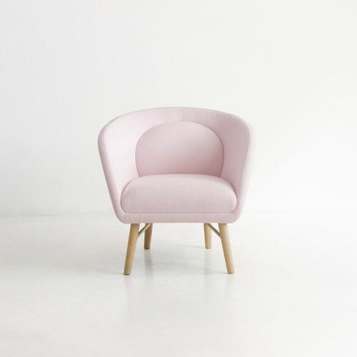 丹麥Sketch 彎面豆莢靠枕單椅 (嫩粉)