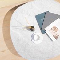 丹麥Sketch 三角摩登大理石茶几 (白/橡木、90公分)